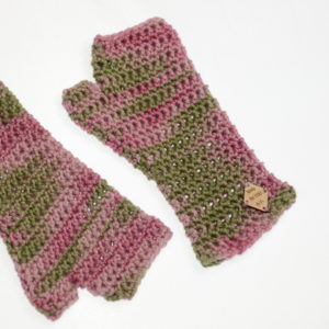 EasyFit Mitts in hand dyed merino