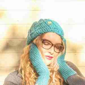 EasyFit Mittens Crochet Pattern