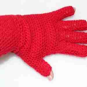 EasyFit FingerTip Gloves Crochet Pattern - back
