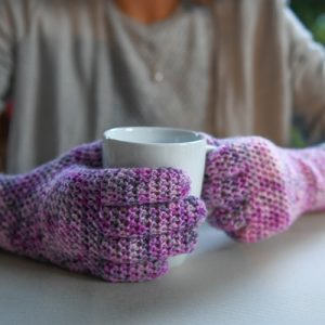 EasyFit Lite Gloves Crochet Pattern