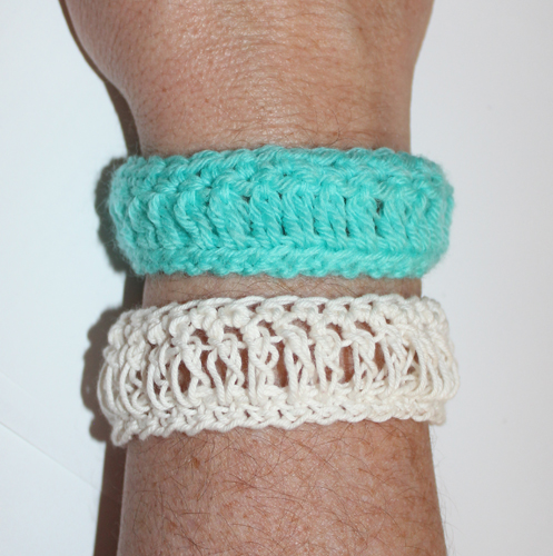 Loopy Bracelet Crochet Pattern by ReVe Design Co - US Terms - learn a brand new crochet stitch
